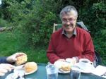 W ogrodzie herbacianym w Grantchester juz zawsze obecny.