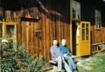 Październik 2001 ze starszym synem