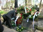 Pochowanie do grobu na Powązkach